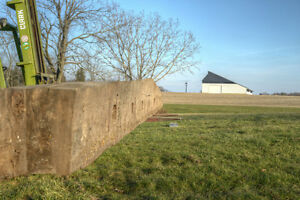Antique Tapered Hand-Hewn Barn Beam .. -- 30.5 ft -- London Ontario image 3