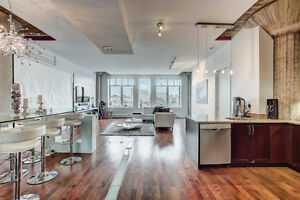 Luxurious Old Montreal Condo for Rent - Fully Furnished