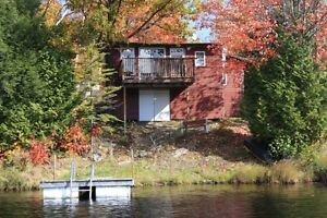 Waterfront Cottage 45 minutes from Ottawa