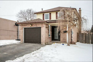 Perfect 3 bedroom  house for sale in Burlington, ON.
