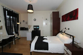 *Value Self Catering Short Stay Studio for up to 4 people sharing in Swiss Cottage - Book now!*