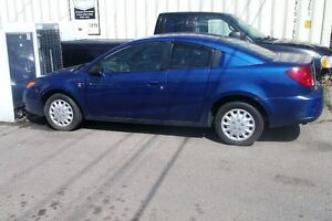 2007 Saturn ION blue great deal great shape