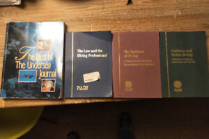 PADI 12 books, 4x DVDs, 2xDVDs(instructor's manual)