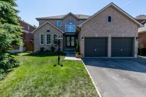 ****GORGEOUS HOUSE IN SOUTH BARRIE-WILKINS BEACH AREA