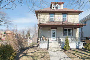400 Devine St, Sarnia - MODERNIZED CHARACTER AT ITS BEST