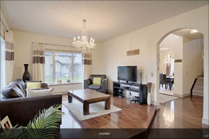 Executive 5 bedroom house in exclusive lake community