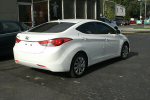 2012 Hyundai Elantra GL Only 39,000 kms!!!!!!!!!!!!!!!!! Windsor Region Ontario image 5