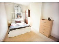 VERY LOVELY DOUBLE BEDROOM IN TURNHAM GREEN
