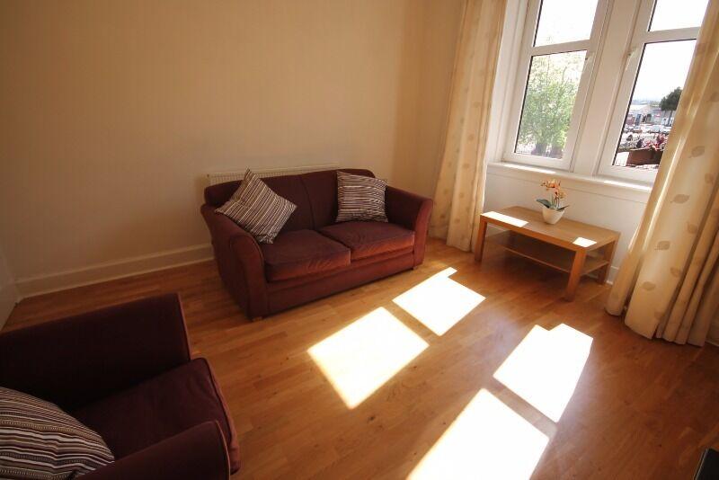 1 bedroom flat in Roseburn Avenue, Roseburn, Edinburgh, EH12 5PD