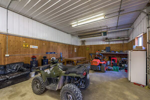 Poultry Farm w Modern Controls, 4 Bdrm, Shop & Corn in Hensall! London Ontario image 6