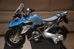 BMW Electric Motorcycle Toy