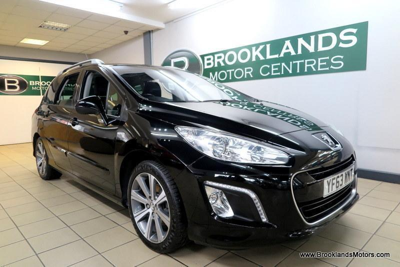 Peugeot 308 Active 1 6 HDi 115 Stop-Start [4X SERVICES, SAT NAV and  PANORAMIC RO | in Armley, West Yorkshire | Gumtree