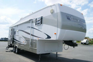 2004 Gulf Stream Coach Prairie Schooner 29 FBW Fifth Wheel