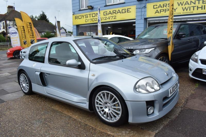 2002 02 RENAULT CLIO 3 0 V6 RENAULT SPORT RARE MID ENGINE SPORTS CAR | in  Southend-on-Sea, Essex | Gumtree