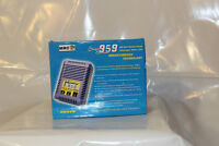 RB959 AC/DC Delta Peak Charger, neuf
