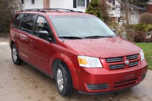 2008 Dodge Grand Caravan SE Minivan, Van