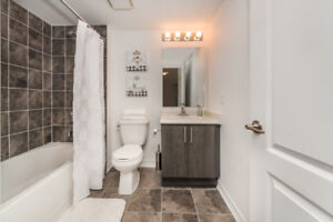 1-35—Gorgeous 2 bedroom/2 bath, 2 level condo in South Barrie