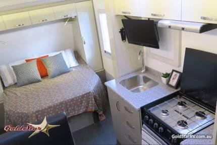 18 FT Goldstar Caravan 774 Full Ensuite Solar Panels