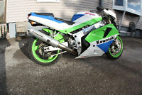 1991 Kawasaki ZX7 Parts Bike
