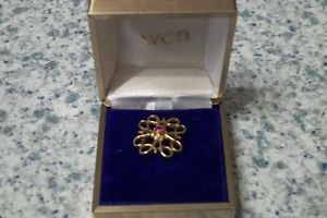 Vintage Avon Ruby 10KT Gold Brooch London Ontario image 1