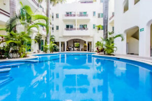 Authentic Charm in Downtown Playa - Pool, Steps to 5th & Beach