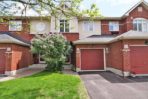 Beautiful Barrhaven Townhouse to rent June 1st