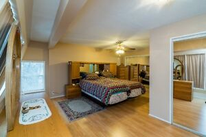 Lovely Family Home in Desirable Charella Gardens REDUCED!!!!! Prince George British Columbia image 4