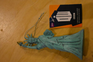 Brand New Doctor Who Weeping Angel Statue of Liberty ornament