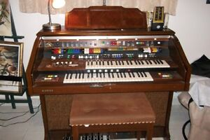 ORGUE kAWAI Model  DX-800