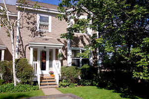Glorious 3 Bedroom Bedford Townhouse Condo! No Shovelling!