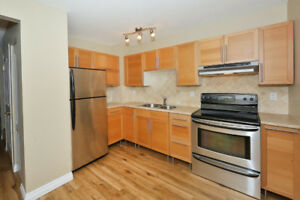Just REDUCED Upgraded Townhouse!!!