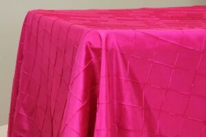WEDDING TABLE LINENS, TABLECLOTHS & NAPKINS IN VARIETY OF COLORS