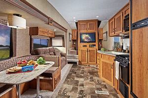 1/2 Ton Towable 5th Wheel with Double Bunks and Slide-out Regina Regina Area image 3