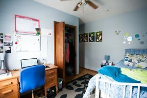 [WINTER ALL INCLUSIVE] Student housing right beside WLU and UW Kitchener / Waterloo Kitchener Area image 3