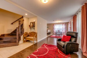Executive Spacious 4 Bedroom Townhouse for Rent