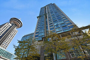 July 1st - Fully Furnished Condo with a Den (Downtown Vancouver)