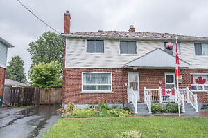 Lovely 3 bed 2 bath semi-detached house for rent in Carlington!