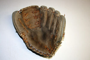 Baseball and Softball Glove Repair, Relace and Restoration Windsor Region Ontario image 9