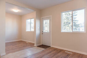 1349 ATHOL ST - 3 BEDROOM HOUSE FULLY RENOVATED FENCED YARD