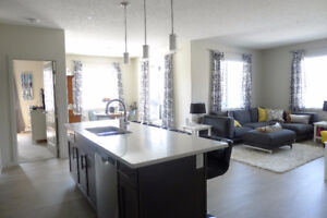 WEST END ROSENTHAL, 2 BED 2BATH + DEN, MASSIVE PATIO, MUST SEE!!