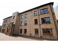 3 bedroom flat in Willowbrae Road, Willowbrae, Edinburgh, EH8 7NG