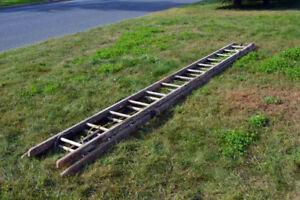 Échelle de 15 pieds en bois