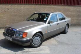 Mercedes COMPACT 230 E