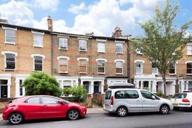 2 bedroom flat in Ambler Road, Finsbury Park, Finsbury Park, N4