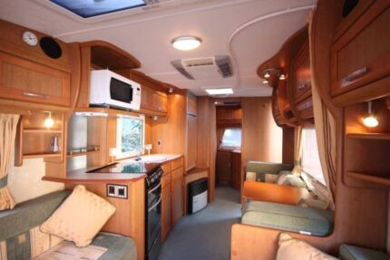 Swift Caravan VGC - Ensuite, A/C, Annexe, Awning, Heaps of Extras