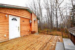 Studio-style cabin FOR SALE, North Buck Lake (near Boyle)