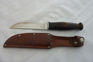 West-Cut Hunting Knife with leather sheath