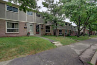 **AVAILABLE TODAY!!! 3 BEDROOM TOWNHOME GREAT LOCATIONSPACIOUS!
