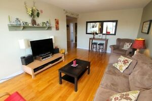 Nice large 3 bedrooms Apt with small office - West Lachine