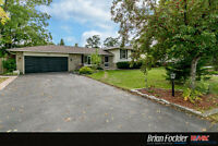 4 Level Side Split with Large Yard in South End Barrie